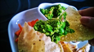 Pea and chilli dip with poppadom